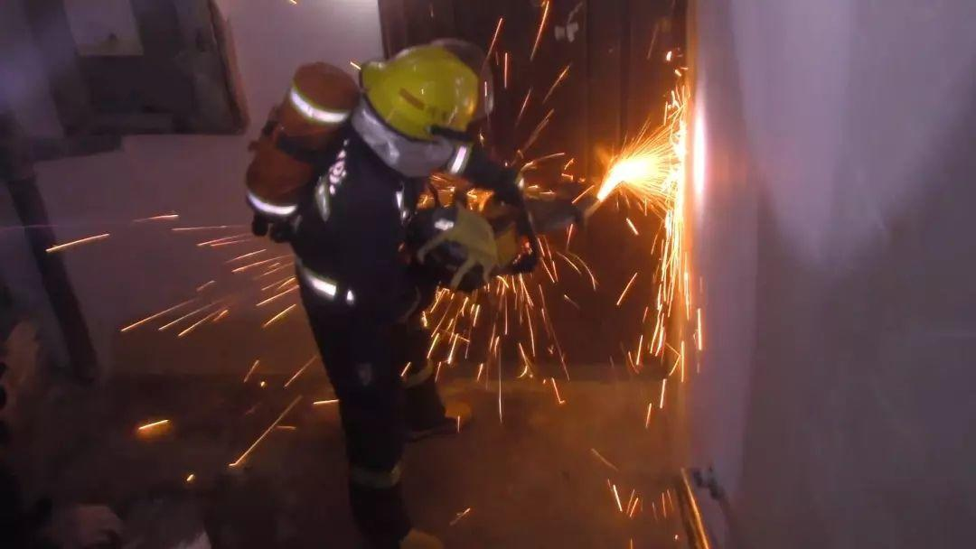 BREAKING! Turkish Restaurant in Xiaobei Was on Fire Last Night!