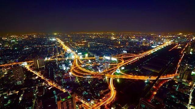 5 Reasons Why You Should Invest in Bangkok!