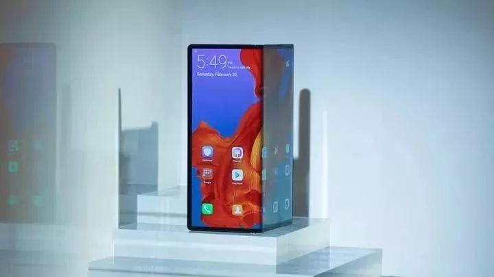 Crazy? A Foldable HUAWEI Phone in 17,500RMB Just Released!