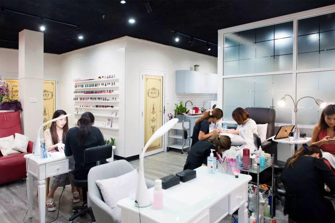 Nail Salon Workers Are Exposed to Cancer-Causing Chemicals?!