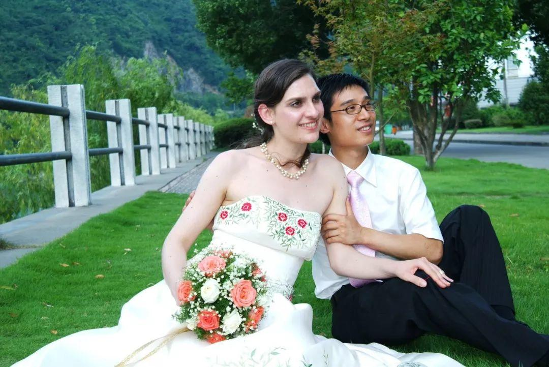 Foreign Couples Can No Longer Get Married in China