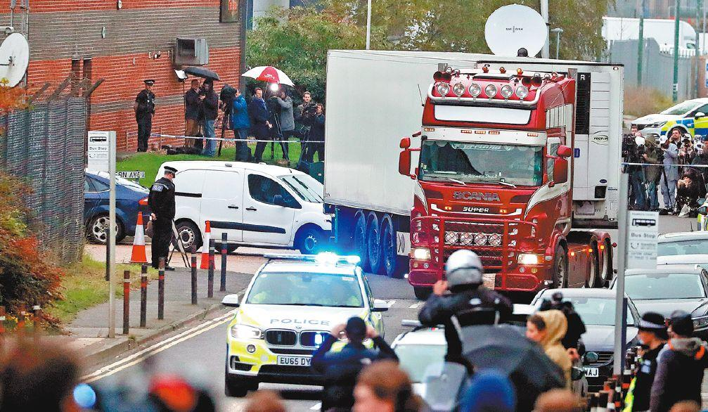 Breaking! 39 Found Dead in UK Lorry Believed All to be Chinese!