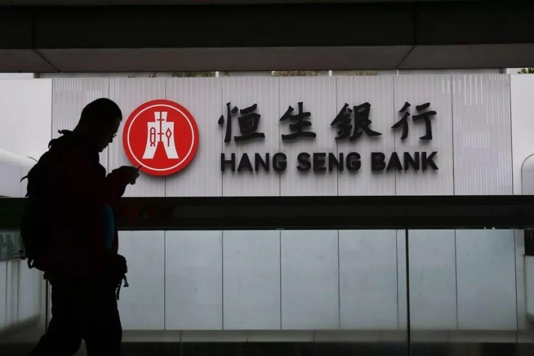 Foreigners Can Apply for Credit Card Easier in These Banks?!