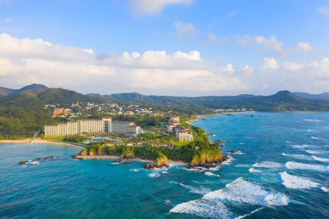 New Int'l Routes to Malaysia, Korea, and Japan!