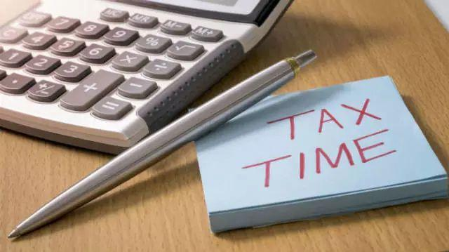Get Tax Refund or Need to Pay More? Time to Do the Math