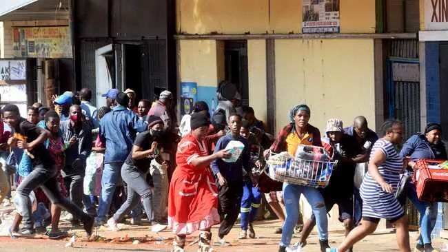 南非大暴乱、亚马逊查关联账号?国税大督查、Tiktok全球下载第一等